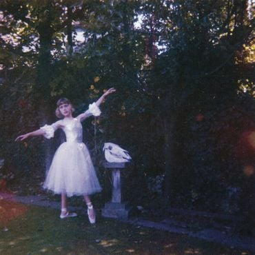 Wolf alice   visions of a life  28packshot 29