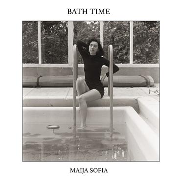 Maija sofia   bath time